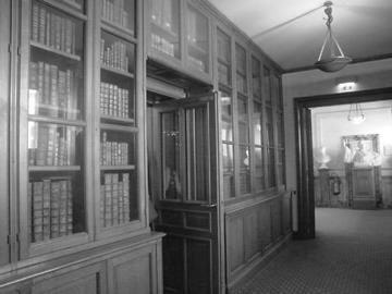 BIBLIOTHEQUE PARIS - TRAVAIL